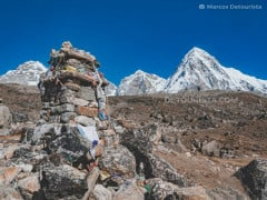 Lobuche to Gorak Shep - EBC Trek, in Sagarmatha Everest region, Nepal
