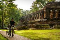 Temple ruins in Kamphaeng Phet Hisotrical Park, Thailand